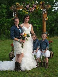 southern chic wedding out on the farm wedding pinterest With southern chic wedding dress