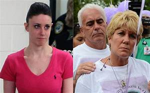 Casey Anthony's parents hold yard sale featuring her ...