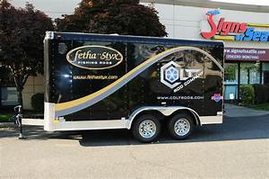 trailer graphics With vinyl lettering for trailers