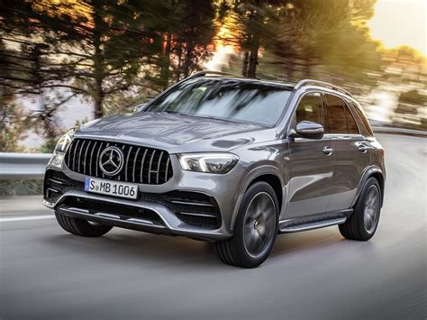 From a mysterious lunar blue to the stark designo diamond white metallic, there are plenty of color options. 2020 Mercedes-AMG GLE 53 Preview | NADAguides