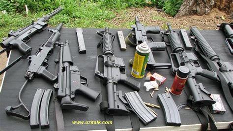 uzi talk shoot  guns