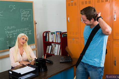 Naughty teacher Summer Brielle enjoying hot sex with her ...
