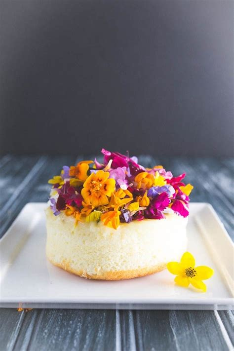 edible flower cakes   enjoy beautiful blooms
