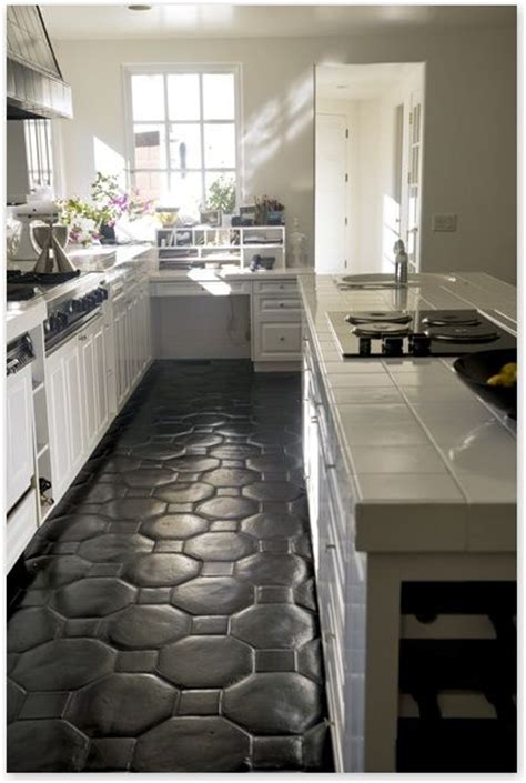 how to paint a kitchen floor how to paint floor tiles in a kitchen rapflava 8787