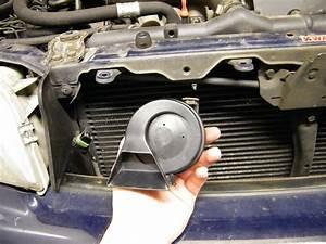 Volvo S40 V40  Horn Change