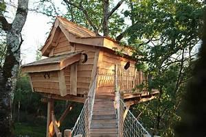 Comment Faire Une Cabane Dans Les Arbres : la colline de bouties la cabane perch e ~ Melissatoandfro.com Idées de Décoration