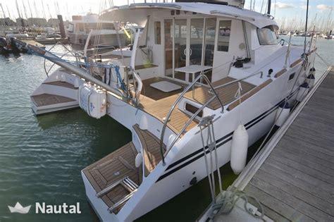 Catamaran Translation In English by Alquilar Catamar 225 N Aventura Catamarans Aventura 33 En