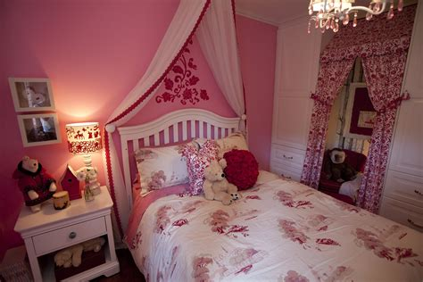 Pretty Little Girl Bedroom Ideas With Pink Walls Refinish Hardwood Floor Repair Raleigh Nc Flooring Las Vegas Nv San Francisco Will Dog Urine Ruin Floors Quotes What Kind Of Rugs Are Safe For Walnut Solid