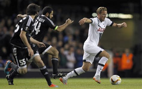 Tottenham Team Mate Backs Harry Kane End Goal Drought