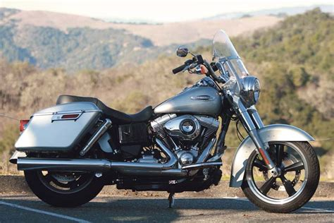 Harley-davidson 2012 Fld Dyna Switchback Ride Review