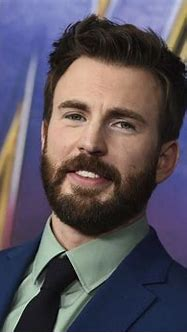 Chris Evans briefly shares penis pic on Instagram - New ...