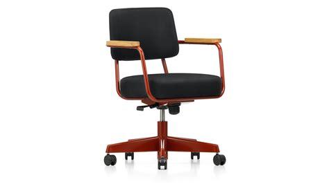 chaise de jean prouvé vitra fauteuil direction pivotant