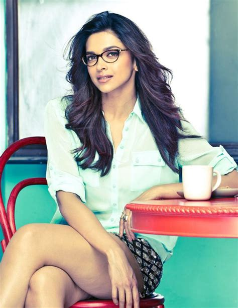 deepika padukone hot nerdy girl upskirt tease best hot