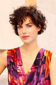Easy Short Hairstyles for Wavy Hair