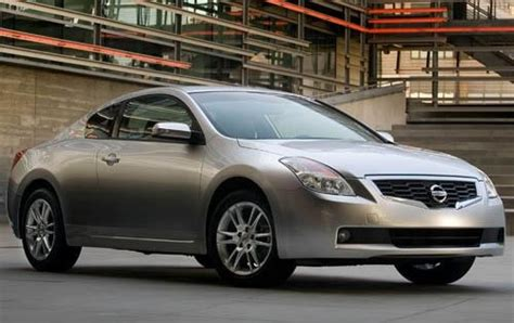 2008 Nissan Altima by 2008 Nissan Altima Information And Photos Zombiedrive