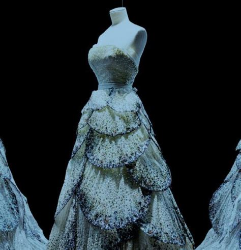 christian couture si鑒e social christian mostra parigi abiti sposa 1 look sposa