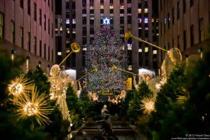 rockefeller center christmas tree by chaovincent on deviantart