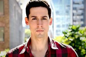Alex Mandell | Actor | Headshots