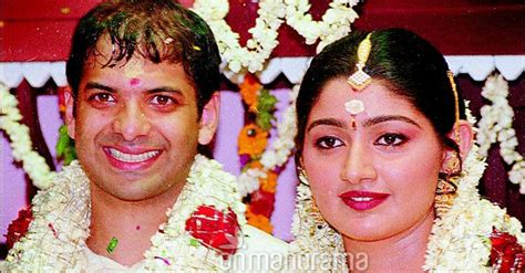 actress divya unni marriage photos splitsville mollywood star divya unni shifts to kochi