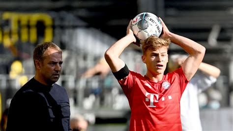 Fc bayern president herbert hainer was also happy to extend kimmich's contact and said that he has developed into a top player and that it is important for the club to keep these top players. FC Bayern München/Joshua Kimmich: Leader ist der Kapitän ...