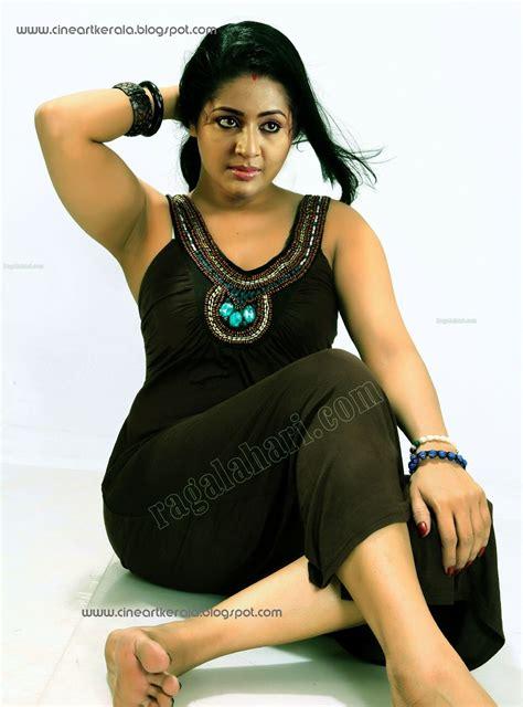 Navya Nair Photos Nude Pics And Galleries
