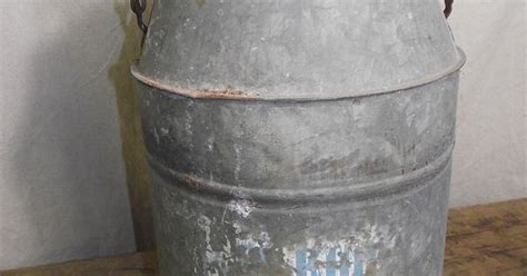 Vintage Large Ice Drink Cooler Galvanized Bucket Shabby