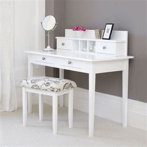 diy dressing table home dzine diy dressing table or study desk diy pinterest lighted mirror vanities and