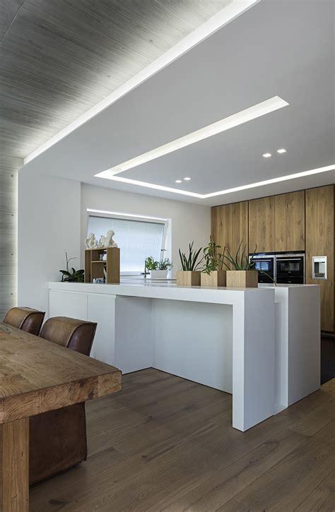 illuminazioni led illuminare la cucina con strisce led e faretti architempore