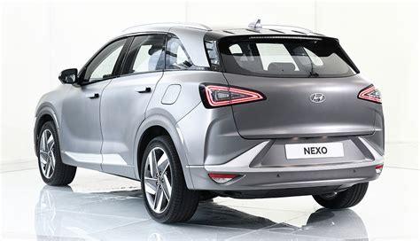 Hyundai: Wasserstoff-Elektroauto Nexo kostet 69.000 Euro ...