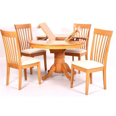 leicester extending solid rubberwood dining table with 4