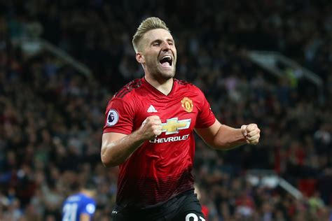 Manchester United defender Luke Shaw to sign new long-term ...