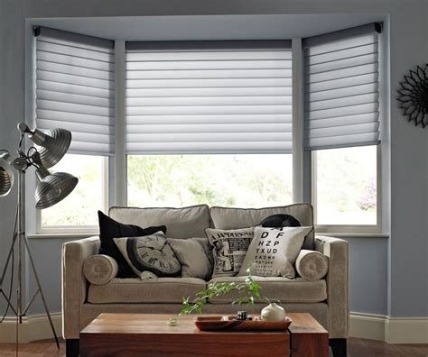 Blinds And Window Treatments by Bay Window Blinds And Curtains Curtain Ideas