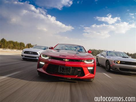 Chevrolet Camaro Vs Ford Mustang by Comparativa Ford Mustang Vs Chevrolet Camaro Vs Dodge