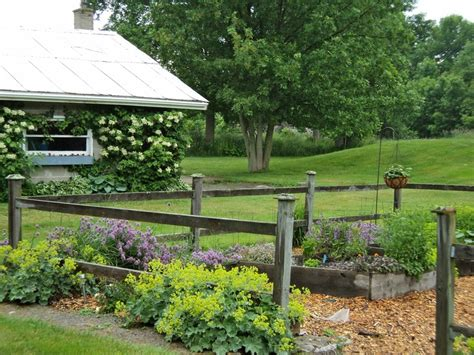 Best Images About Rustic Country Garden Pinterest