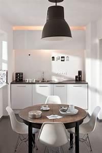 Großer Runder Esstisch : ein runder esstisch ist die perfekte l sung bei platzmangel ~ Watch28wear.com Haus und Dekorationen