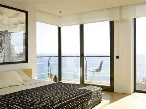 glass bedroom 10 amazing bedroom interior design ideas with glass walls https interioridea net