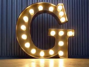 Lettre Lumineuse Deco : lettre lumineuse g ante g lettre lettre lumineuse evenis pinterest ~ Teatrodelosmanantiales.com Idées de Décoration