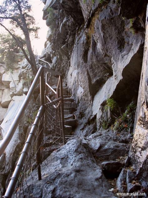 See Yosemite Best The Mist John Muir Trails