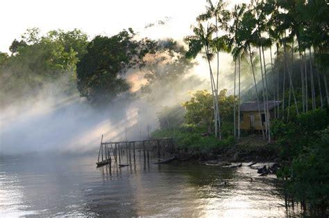 amazon river  photo  amazonas north trekearth