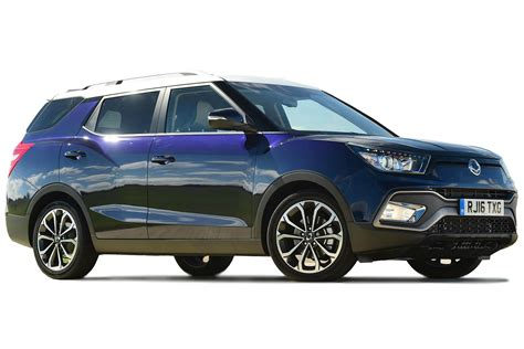 ssangyong tivoli xlv suv  review carbuyer