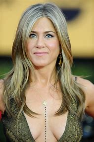 Jennifer Aniston Gallery