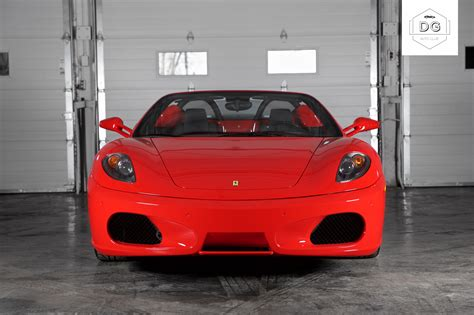Components throughout the f430 are inspired or drawn from ferrari's f1 racers, including its distinctive air intakes up front. 2008 Ferrari F430 Spider - DG Auto Club