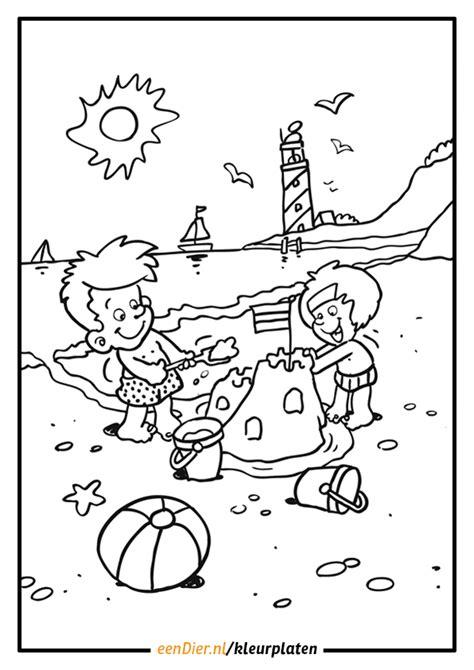 Zandkasteel Aan Zee Kleurplaat by Kleurplaat Zandkasteel Aan Zee Artismonline Nl