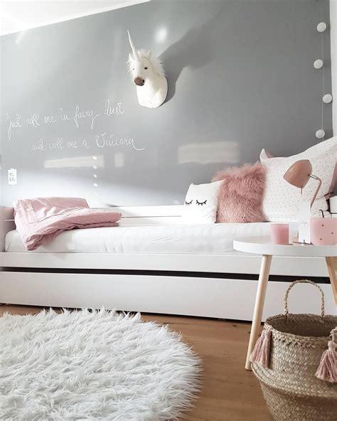schlafzimmer ideen mit lichterketten grau kissenh 252 lle sleepy pokoje dzieci kinderzimmer