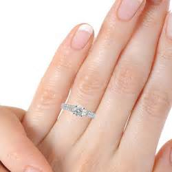 how to wear wedding rings how to wear a wedding ring