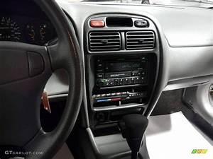 2001 Silky Silver Metallic Suzuki Esteem Glx Wagon