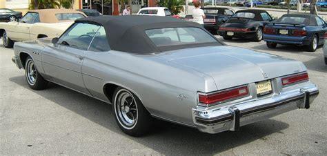 File Ee  Buick Ee    Ee  Lesabre Ee   Custom  Ee  Convertible Ee   Silver Black Fl R
