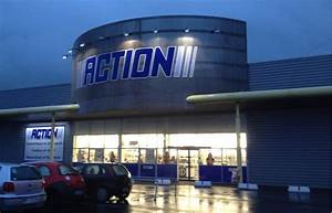 Magasin Action 93 : action le hard discounter sp cial d co s installe en banlieue au centre la banlieue ~ Medecine-chirurgie-esthetiques.com Avis de Voitures