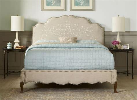 elegant upholstered detailed bradded complete bed queen