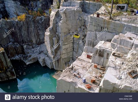 rock of ages granite quarry in barry vermont usa stock